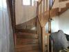 montage-en-cours-dun-escalier-en-bois